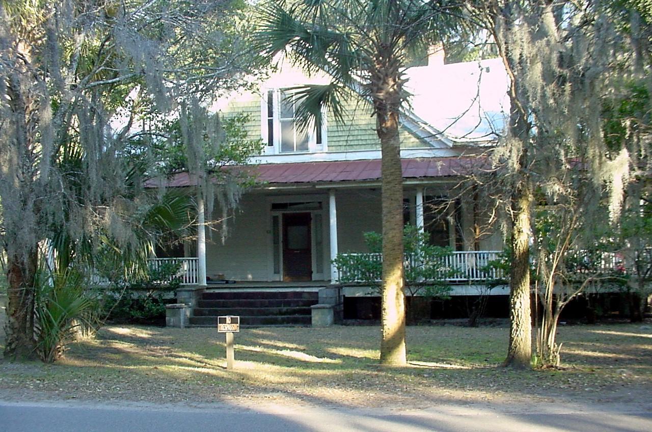 graves-house-frontjpg